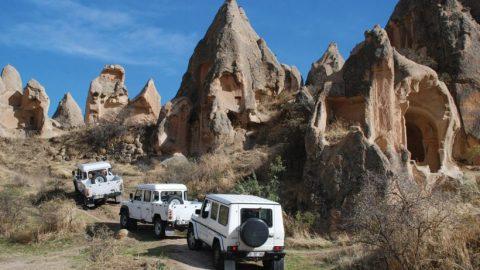 jeep_safari_cover-820x461
